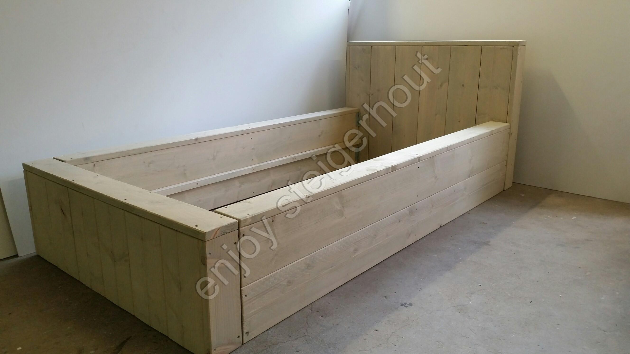 Enjoy steigerhout bed enjoy persoons enjoy steigerhout