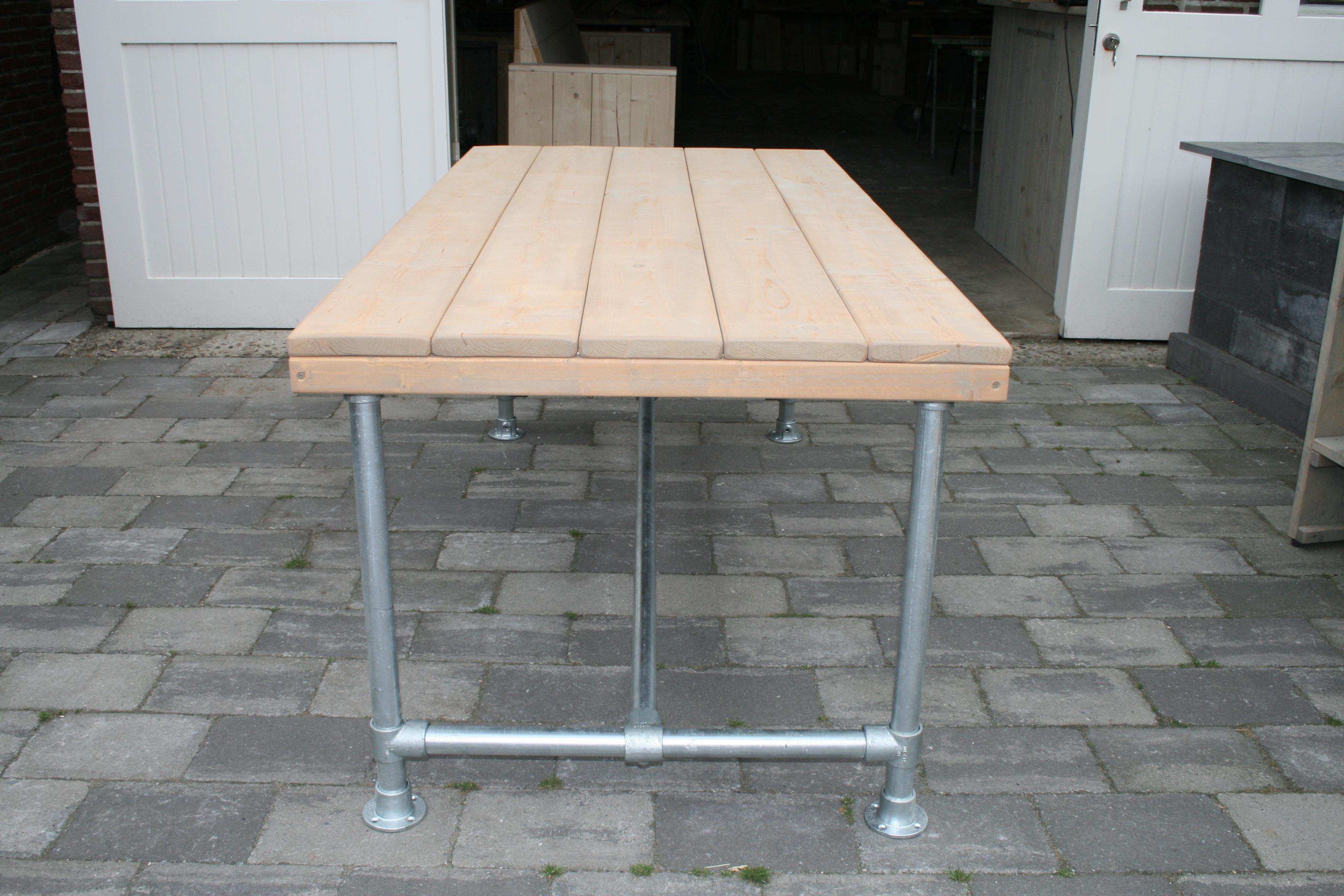 Giss design steigerhout tafel