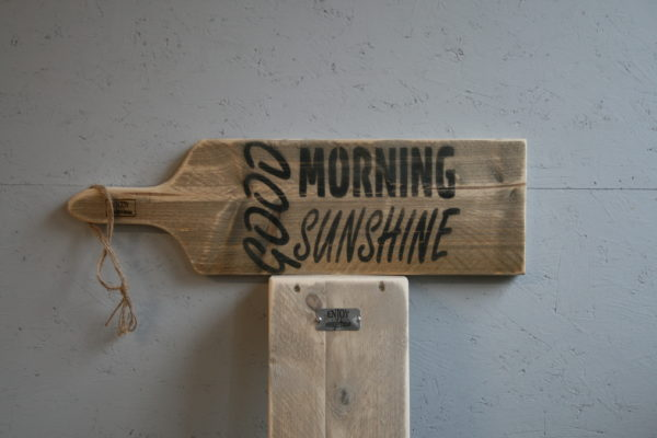 serveerplank 65cm - Good Morning Sunshine - Enjoy Steigerhout